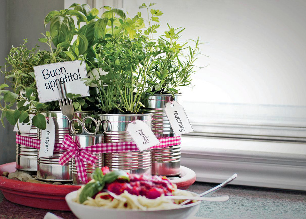 kitchen herb garden un potager d int 233 rieur pour faire pousser ses l 233 gumes