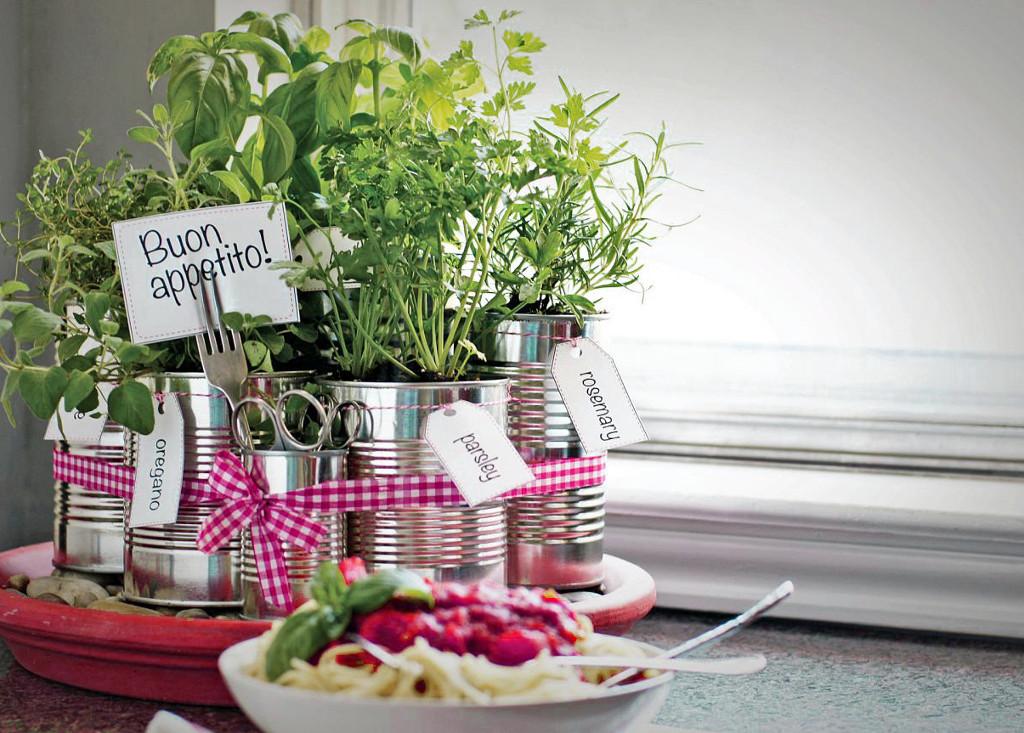 Small Vegetable Garden Design on Small Backyard Veggie Garden Ideas id=57813