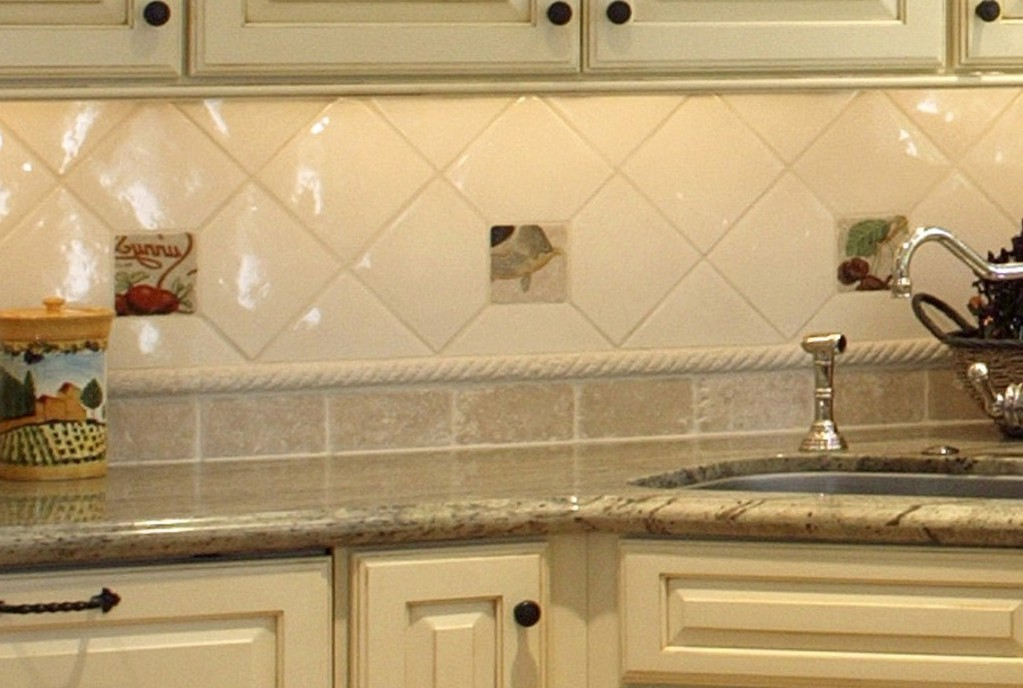 3 reasons why you need a kitchen backsplash
