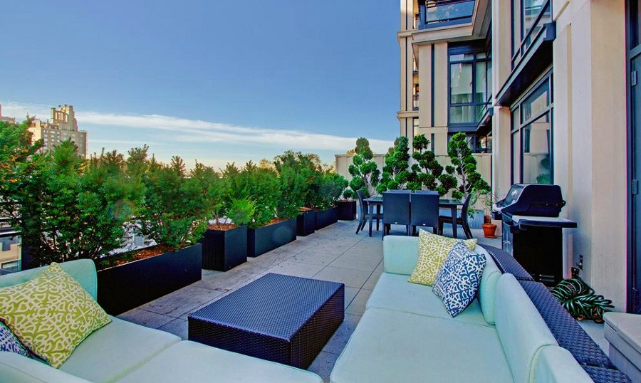 12 most beautiful private apartment terraces in new york city. Black Bedroom Furniture Sets. Home Design Ideas