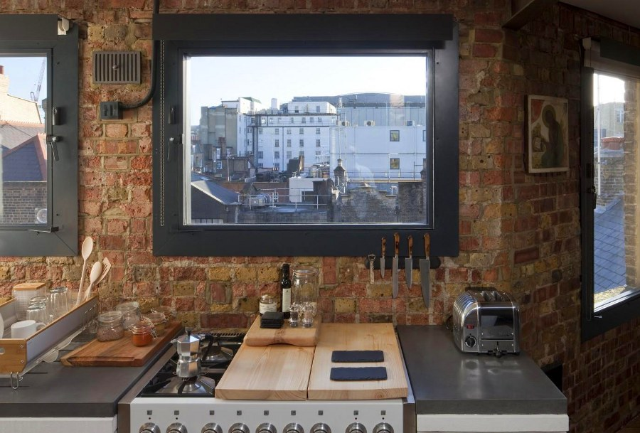 17 surprisingly versatile interior brick wall designs for Brick wallpaper ideas for kitchen