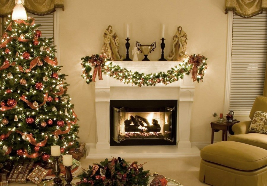 classic christmas tree fireplace - Classic Christmas Tree