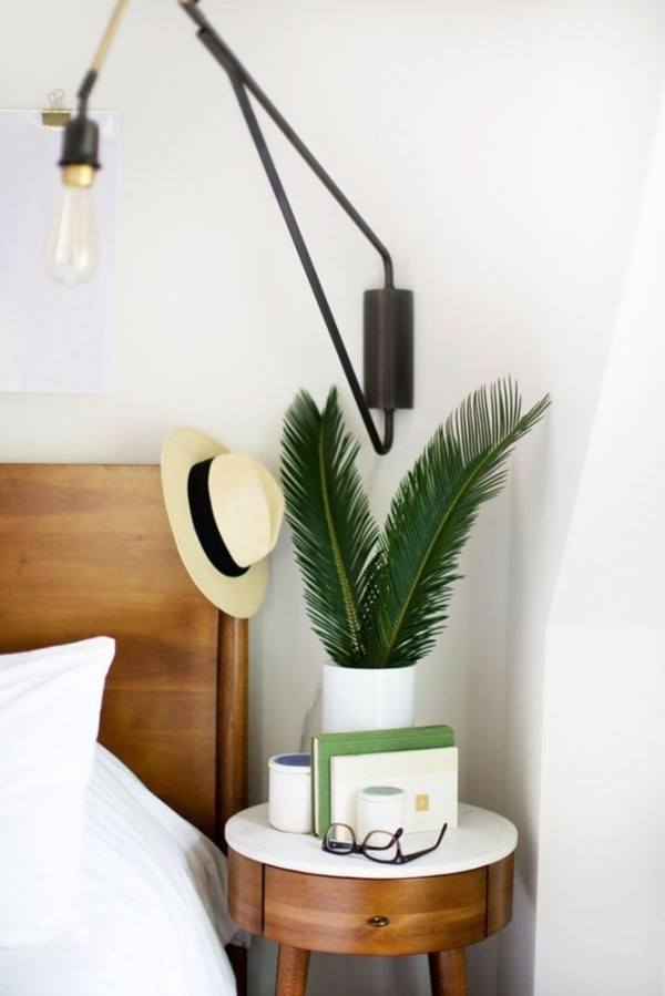 41 Small Nightstands Perfectly Solving The Tiny Bedroom Problem Page 2 Of 2