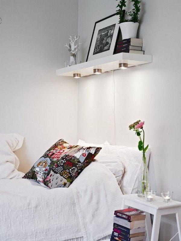 41 small nightstands perfectly solving the tiny bedroom problem page 2 of 2 - Space saving solutions for small bedrooms model ...