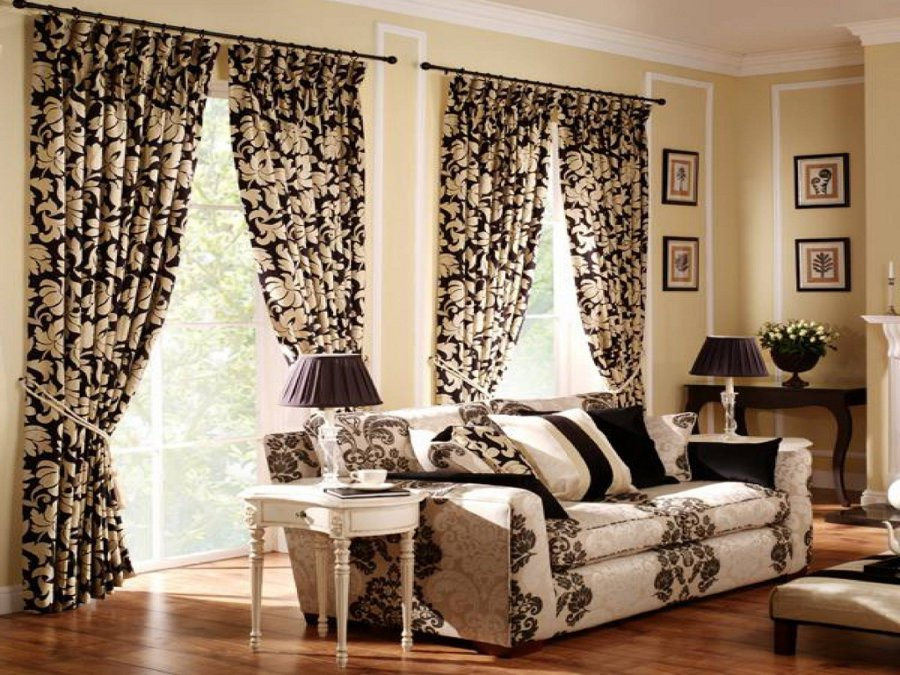 Floral Curtains. And Hereu0027s What A Touch Of Gold Does To A Room. Part 31