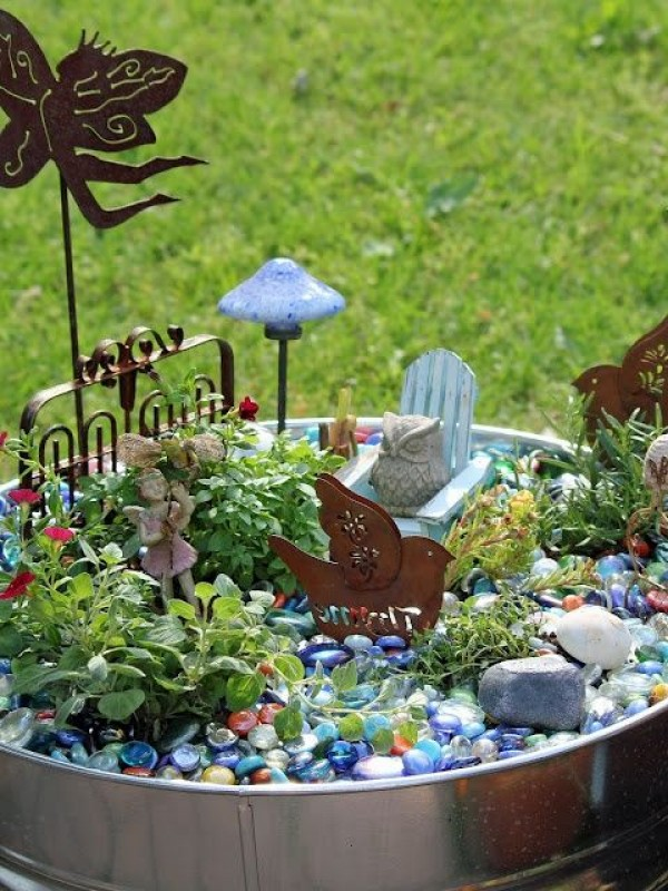 Diy Magical Backyard : The Cutest 75 Miniature Gardens Youll Ever See ? Page 2 of 2