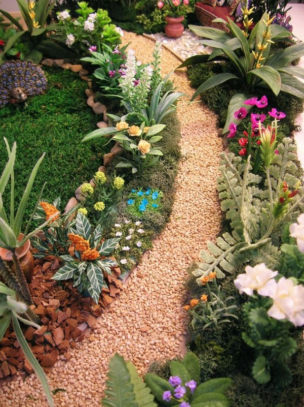 Source: naturessoulminiatures.blogspot.com