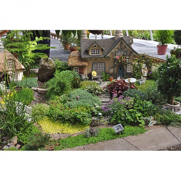 Source: miniature-gardening.com