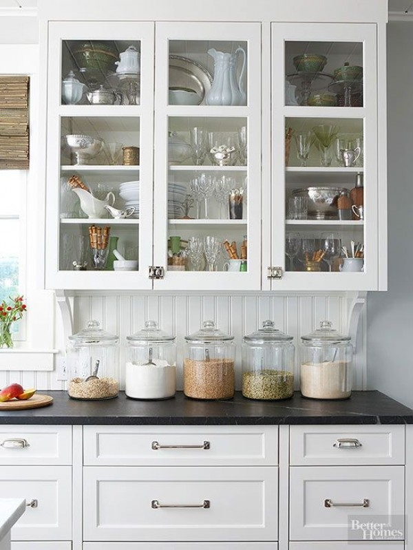 14 easy ways to make a small kitchen look bigger for Discount kitchens