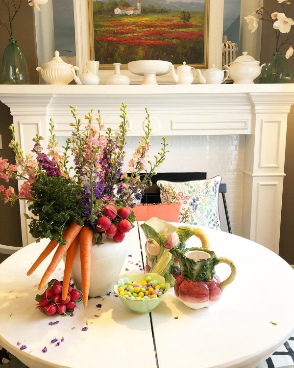 You have to see this #Easter centerpiece idea with veggies and flowers. Love it! #HomeDecorIdeas @istandarddesign