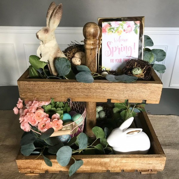 You have to see this #Easter centerpiece idea with a two tier tray. Love it! #HomeDecorIdeas @istandarddesign