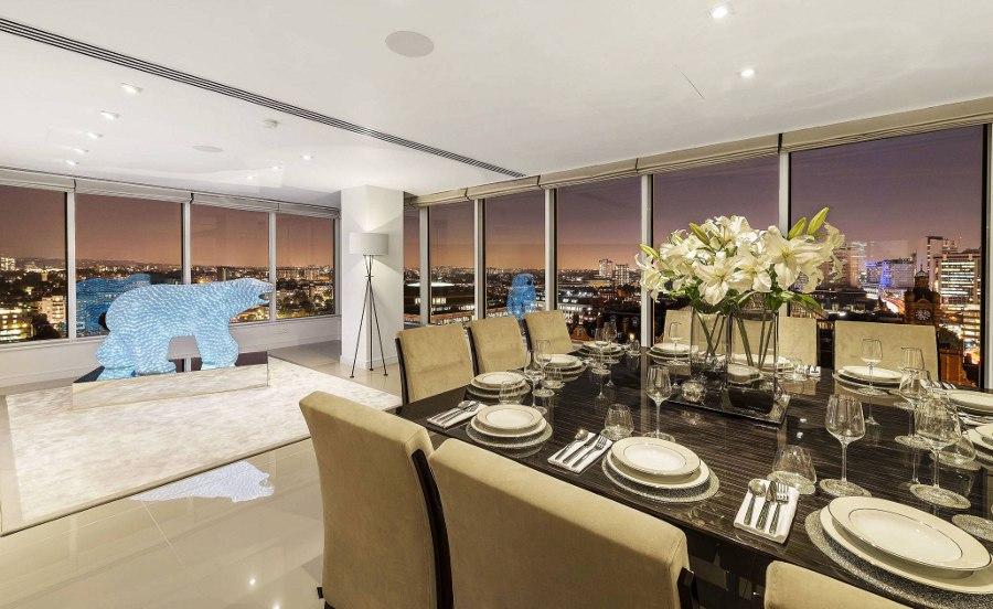 Elegant Design Dining Room
