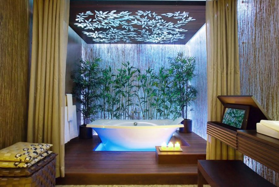 Bathroom Decor with Bamboo