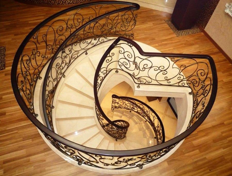 Round Staircase
