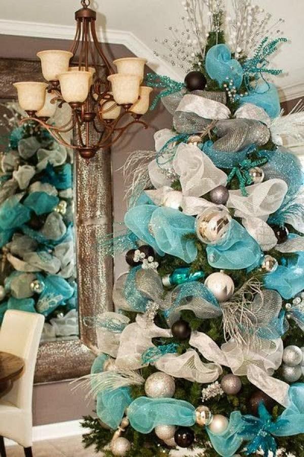 2014 Deco Mesh Christmas Tree. So much fun to make! - Fashion Blog