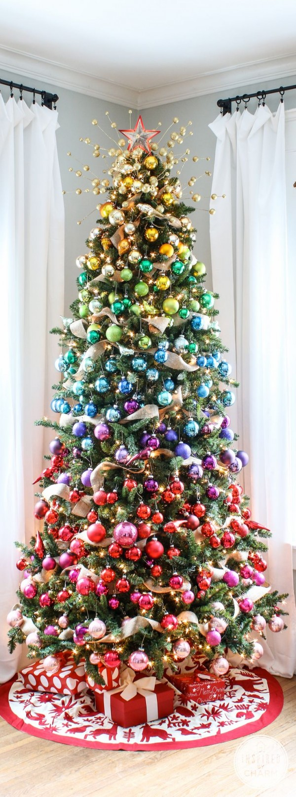 A Colorful Christmas Tree