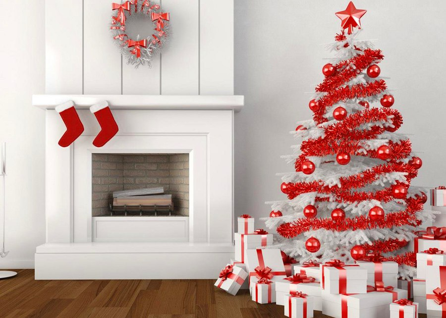 red silver christmas tree