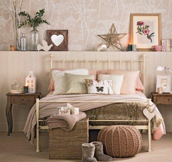 Vintage bed