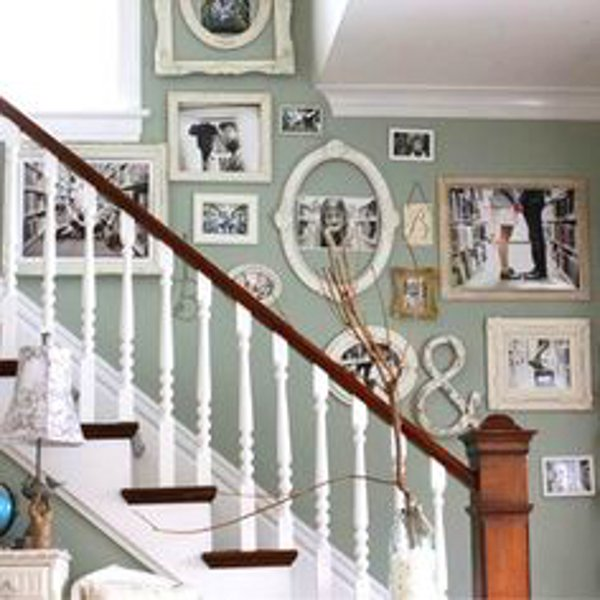 vintage staircase picture wall