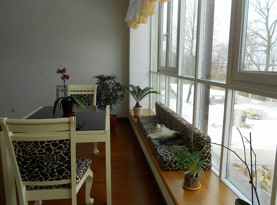 Window Sill Bench