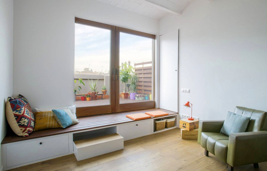 Window Sill Couch with Storage