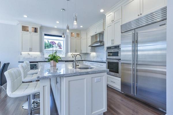 Modern kitchen design in Santa Clara, CA