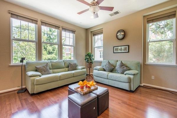 Transitional living room in Santa Clara, CA