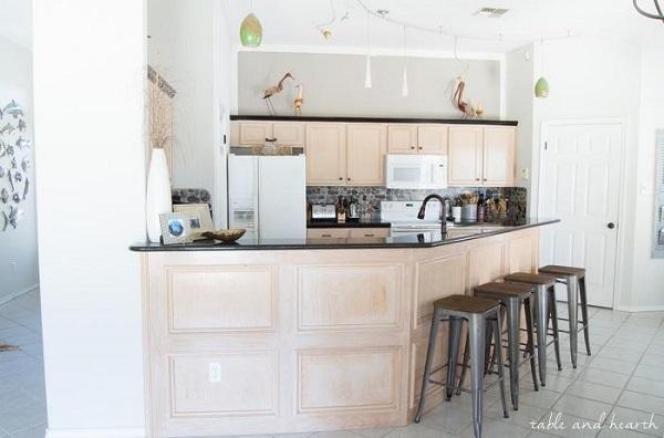 Vintage decor kitchen cabinets