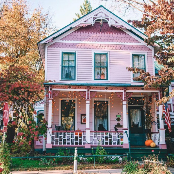 Beautiful House in Shades of Pink