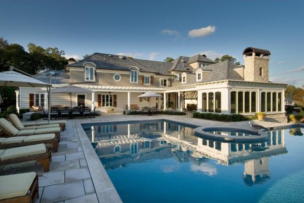 Beach Style Big House