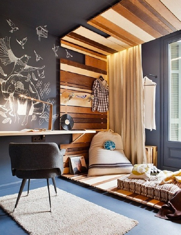 Cozy Suite Wooden Accent Wall