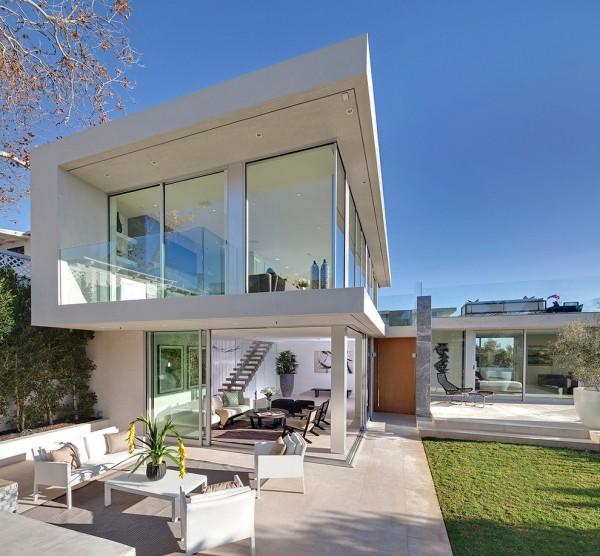 Seacliff Glass House