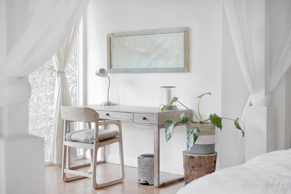 neutral colors minimalist decor