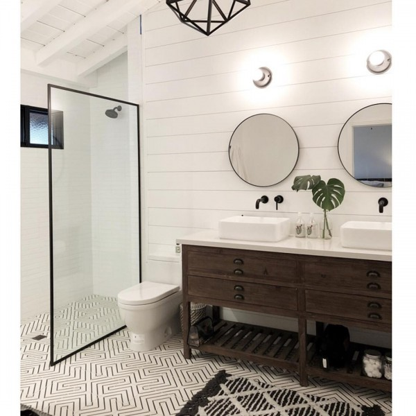 "Riad Tile on Instagram: ""Who loves this bathroom as much as I do???? Amazing bathroom renovation by @bantzhaus in Bakersfield, CA.  He used our Maya White pattern…"""