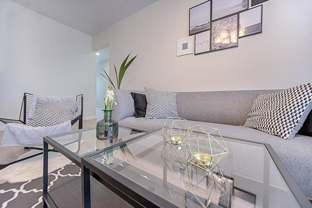 Sofa corners