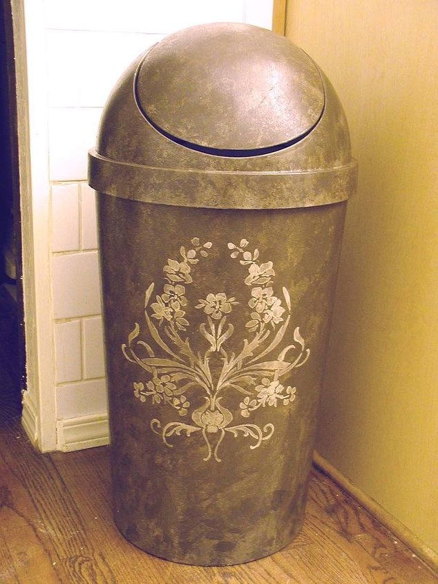 Plastic garbage can look high end