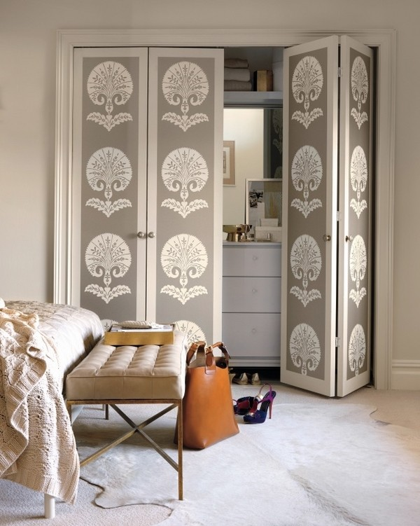 Accordion closet doors – space saving ideas for your home