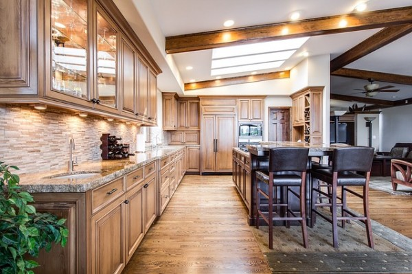 Ceiling Beams with Transitional Furniture