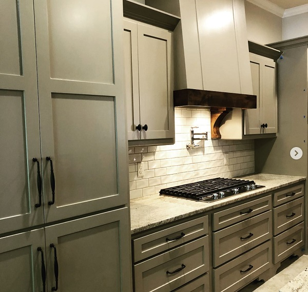 20 Ways to Make Shaker Cabinet Doors and Style Your Kitchen