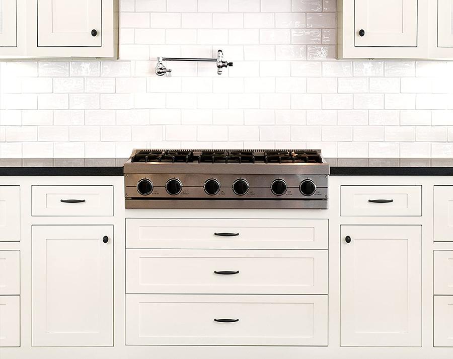 Creamy Kitchen Cabinets