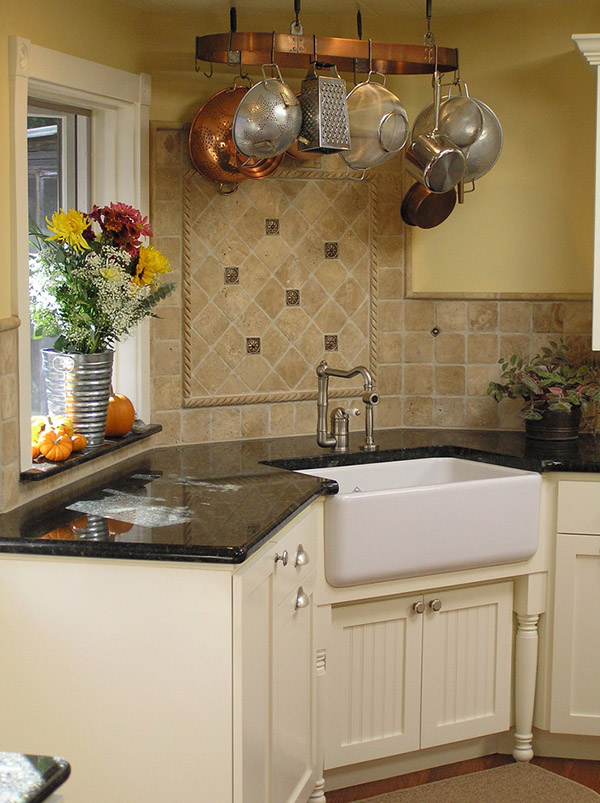 Corner farmhouse sink