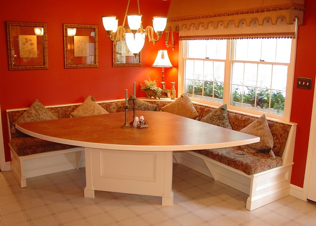 breakfast nook L-shaped table