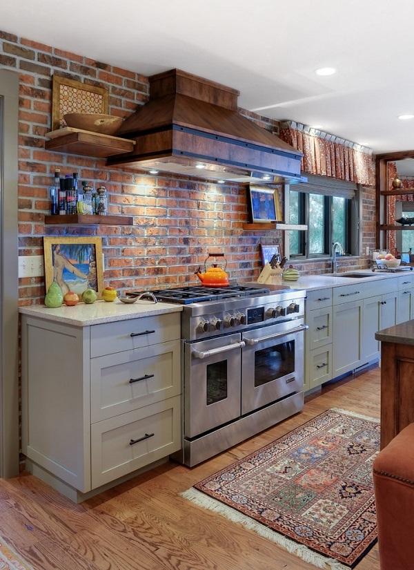 kitchen backsplash accent