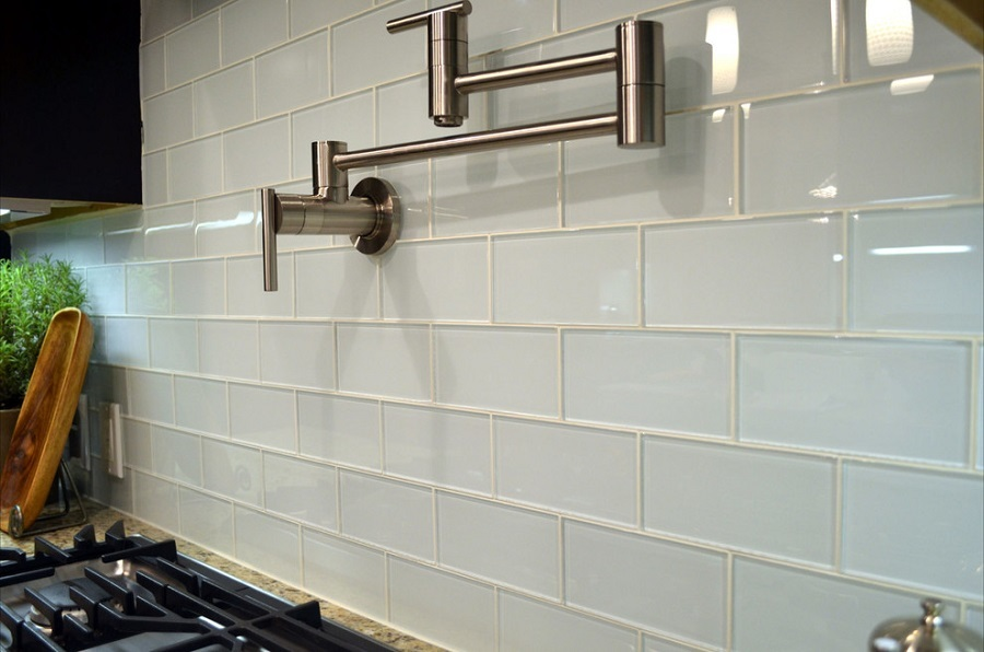kitchen glass tile wall