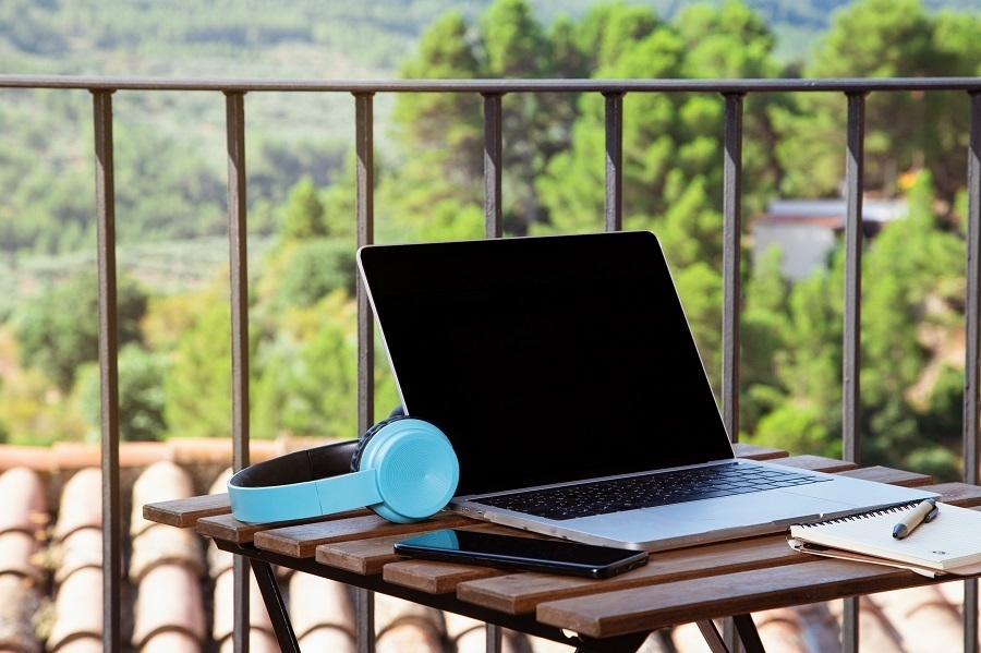 outdoor home office