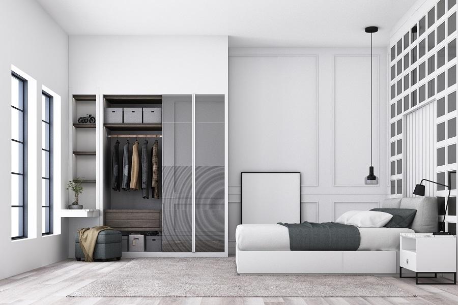 bedroom sliding closet