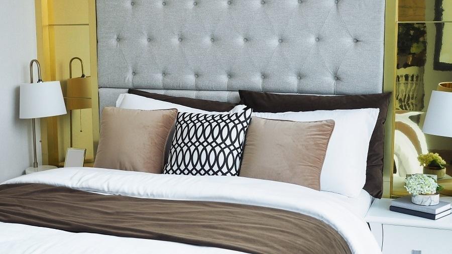lavish bedding