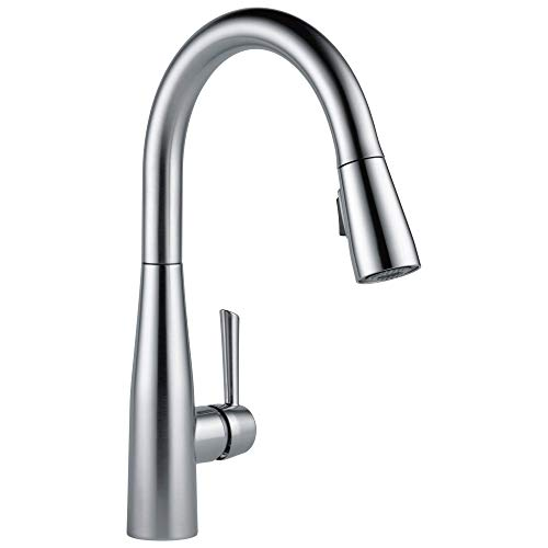 Delta Faucet Essa Pull Down Kitchen Faucet With