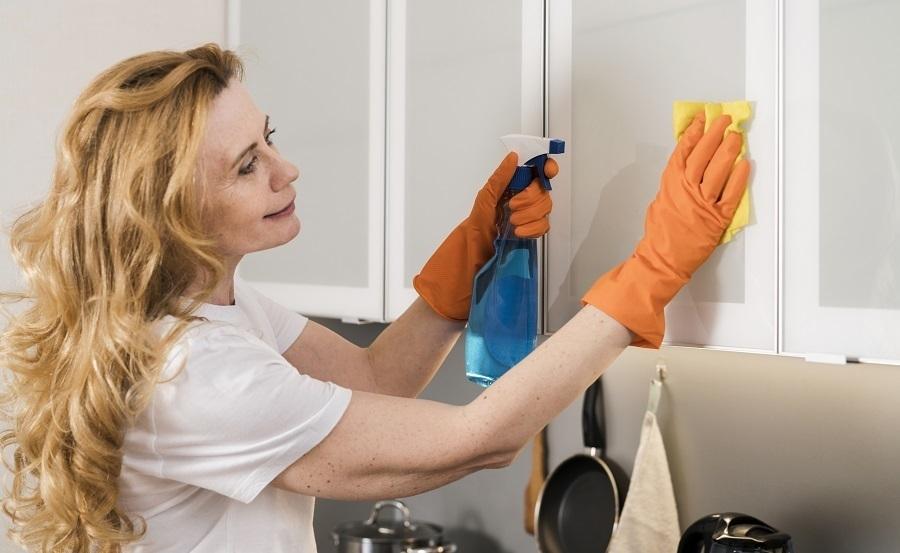kitchen cabinet degreaser